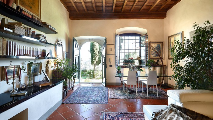 appartamento vendita firenze in villa rinascimentale