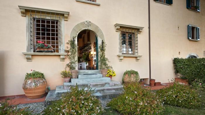 Appartamento vendita firenze in villa rinascimentale for Case in vendita provincia firenze